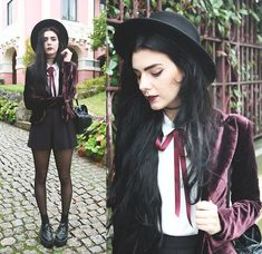 Holynights Claudia - Olx Vintage Velvet Blazer, Frontrowshop Pleated Shorts, Styleground Creepers - Burgundy