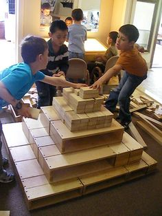 As educators we are all aware of the benefits of block play. It is rewarding to watch children as they move through the various stages. Construction Theme Preschool, Construction For Kids, Reggio Documentation, Block Area, Block Play, Outdoor Toys, Reggio Emilia, Creative Play, Classroom Activities