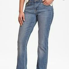 """Earl Brand Mid Rise Boot Cut Jeans Mid rise bootcut jeans. 98% cotton 2% spandex  Machine washable 41"""" out inseam; 32"""" inseam; 10"""" rise; 19"""" leg opening Earl Jeans Jeans Boot Cut"""