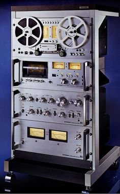 Golden Age Of Audio: Pioneer Silver Rack Pioneer Audio, Audio Rack, Retro, Hifi Audio, Hifi Stereo, Audio Sound, Music System, Tape Recorder, High End Audio