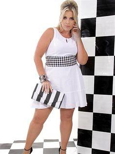 Modelos GG fazem divulgação do Fashion Weekend Plus Size Verão 2014 Looks Plus Size, Curvy Plus Size, Plus Size Model, Curvy Women Fashion, White Fashion, Plus Size Fashion, Womens Fashion, Plus Size Dresses, Plus Size Outfits