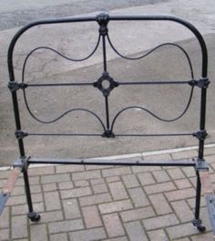 Wessex Beds. Brass, Iron and Wooden Bedstead Specialists :: Unrestored Pair of Victorian Iron Bedsteads