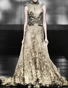 for the ball- gold dress tex-saverio-haute-couture-2012