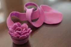 Keeping up with the Kiddos: DIY Felt Flowers - Part 1