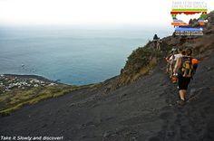 Salina und Stromboli Trekking - Aktivurlaub! 4 Täge/3 Nächte Salina ist die grünste der Äolischen Inseln, ein ideales Reiseziel für Wanderer und Vogelbeobachter oder Naturfotografen. #sizilien #urlaub #reisen #meer #Ökotourismus #unaltrasicilia #Aktivurlaub #LiparischenInseln #stromboli #lipari #salina #trekking