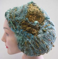 I LOVE this hat SO much!!    By Heather Lightbody -- The Girl with a Hook!