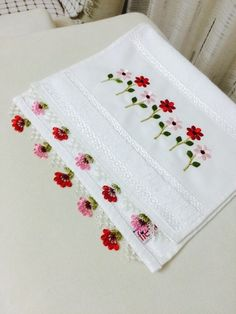 The world's catalog of creative ideas Hand Work Embroidery, Creative Embroidery, Lace Patterns, Embroidery Patterns, Little Stitch, Embroidered Clothes, Needle Lace, Handicraft, Hand Stitching