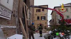 Sisma centro Italia - I soccorsi dei Vigili del Fuoco - 07/01 Camerino -...
