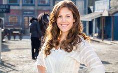 When Calls the Heart - Season 2 - Meet the Cast - Erin Krakow
