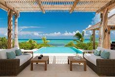 Caribbean Villas: Turks and Caicos villas: Castaway - Vacation Rentals by CaribbeanWay