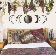 Warm Bedroom Styling Ideas 4706684820 Comfortable steps to create a jaw dropping boho bedroom ideas cozy Bedroom decor suggestions imagined on this day 20181216 Home Decor Bedroom, Warm Home Decor, Bedroom Design, Chic Bedroom, Bohemian Bedroom Decor, Bedroom Diy, Home Decor, Warm Bedroom, Stylish Bedroom