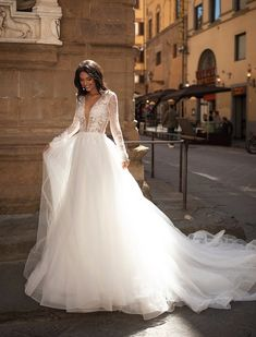 Bridal Gowns of pure elegance designed for the bride that knows what she desires on her wedding day Gold Coast Wedding Dresses and Gold Coast Bridal. Sexy Wedding Dresses, Bridal Dresses, Bridesmaid Dresses, Prom Dresses, Night Gown Dress, Party Dress, Color Ivory, Ugly Dresses, Sophisticated Wedding