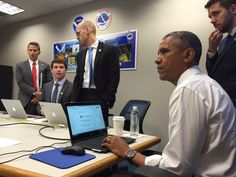 Ready to answer your questions on climate change. Let's do this! #AskPOTUS- President Obama - EUA.