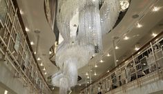 swarovski crystal palace - Hledat Googlem