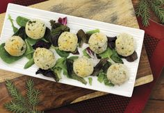 Vegetarian dishes are never bland and boring at ALDI. Try one of our dozens of vegetarian appetizers & snack recipes from dips to flatbreads to chips. Vegetarian Appetizers, Appetizers For Party, Appetizer Recipes, Fast Metabolism Recipes, Cheese Bombs, Aldi Recipes, Cheese Ball Recipes, Blue Cheese, Finger Foods