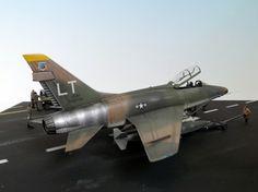 Italeri 1/72 F-100F