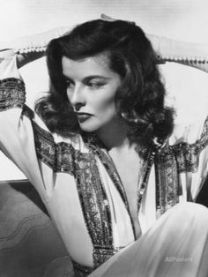 Katharine Hepburn, The Philadelphia Story, 1940 Photographic Print at AllPosters.com Hollywood Vintage, Old Hollywood Glamour, Golden Age Of Hollywood, Hollywood Stars, Classic Hollywood, Hollywood Cinema, Hollywood Icons, Vintage Glamour, Katharine Hepburn