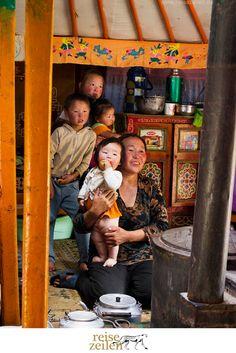 Nomadenfamilie in der Mongolei