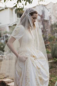 The perfect Juliet cap bridal veil! Dress: Odylyne The Ceremony Photo Credit…