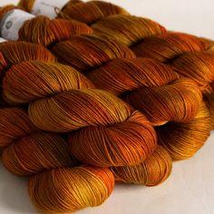 Rusty nail on sock yarn Yarn Thread, Yarn Stash, Yarn Needle, Crochet Yarn, Knitting Yarn, Yarn Color Combinations, Hedgehog Fibres, Spinning Wool, Fibre And Fabric