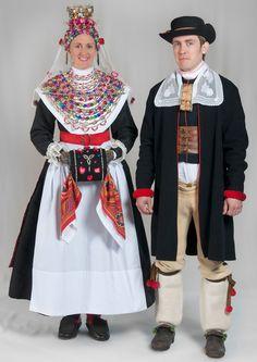 Dräktskick bröllop - Boda, Sweden. Institutet för språk och folkminnen
