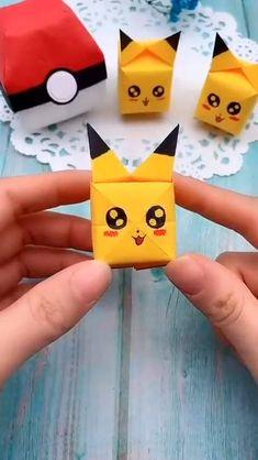 Cool Paper Crafts, Paper Crafts Origami, Fun Crafts, Crafts For Kids, Diy Crafts Hacks, Diy Crafts For Gifts, Creative Crafts, Pokemon Craft, Pokemon Plush