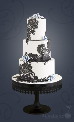 Black and White - Cake by Little Cherry