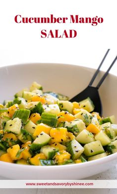 Cucumber Mango Salad ~Sweet & Savory Cucumber Mango Salad ~Sweet & Savory,food Loaded with fresh ingredients and flavorful asian dressing, this deliciously refreshing cucumber mango salad is perfect side for grilled meats and roasted. Healthy Salads, Healthy Eating, Healthy Recipes, Mango Recipes Vegetarian, Asian Salads, Detox Recipes, Healthy Food, Vinaigrette, Mango Salat