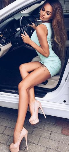 Great looking long legs spilling out