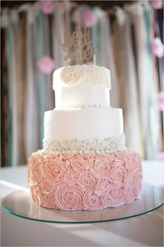 pink and white wedding cake by Lesley' Creative Cakes @weddingchicks