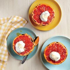 Broiled Grapefruit with Ginger and Maple Cream - MyRecipes