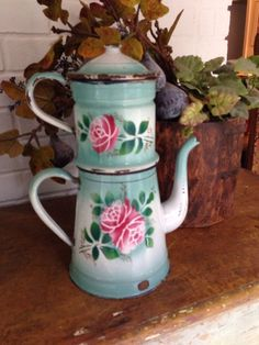 FRENCH ENAMELWARE VINTAGE SOFT BLUE-GREEN W PINK ROSES COFFEE POT / CAFETIERE.