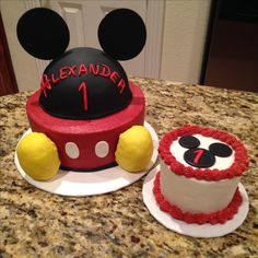 Mickey Mouse first birthday cake and smash cake https://www.facebook.com/sweetnsassycakesbyeva