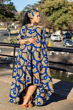 Latest Ankara Dress Styles - Loud In Naija Latest African Fashion Dresses, African Dresses For Women, African Print Dresses, African Print Fashion, Africa Fashion, African Attire, African Wear, Ethnic Fashion, African Women