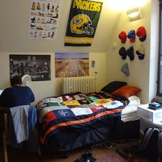 Sporty T Shirt Blanket For Guys Get Preppy College Dorm Room Ideas Like This
