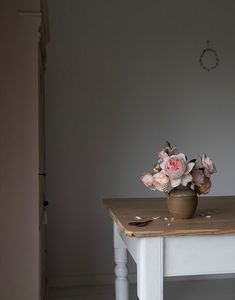 Humphrey & Grace Floral Photography, East Sussex, Learning Resources, Love Flowers, Floral Arrangements, Florals, House Ideas, Prints, Home Decor