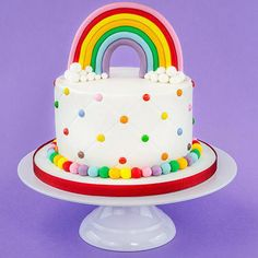 A rainbow cake is fun to look at and eat and a lot easier to make than you might think. Here's a step-by-step guide for how to make a rainbow birthday cake. 3rd Birthday Cakes, Rainbow Birthday Party, Birthday Ideas, Bolo Original, Salty Cake, Girl Cakes, Cookies Et Biscuits, Savoury Cake, Cake Designs