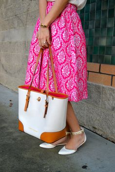 Hot pink, printed midi skirt? Yes please!