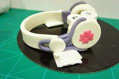 Tarta y Cupcakes Violetta [paso a paso auriculares y micrófono]   Con Corazón de Azúcar