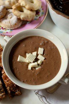 Tons of Ecuadorian recipes :)  Puras recetas Ecuatorianas