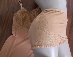 Vantee by Vanity Fair ensemble panties and slip Chiffon Ruffle, Ruffles, Panty Photos, Lace Insert, Lace Bodice, Vintage Lingerie, Vanity Fair, Things That Bounce, Two Piece Skirt Set