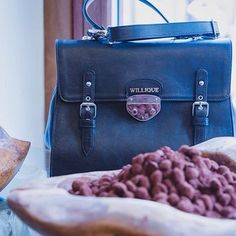A match made in heaven ! If you are in London on 30-09-16 RSVP for a bit of chocolate @darksugars and a bit of Luxurious handbags @willique. 🔹. 🔹. 🔹. 🔹. #willique#luxurious#handbags#trunkshow#consciousness#collection#fashion#menswear#womanstyle #luxe#style#personality #bespoke#unique#oneofakind #itsalifestyle #whowearswillique