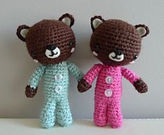 PJ Teddies free pattern from all about ami.... thank you for sharing Stephanie Jessica Lau.