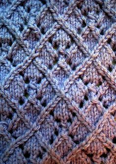 GREAT PATTERN FOR A CUSHION Lace Twist-Stitch Argyle Pattern: Chart, Directions, Stitch Key