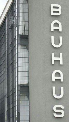 59 Best Bauhaus Images Bauhaus Bauhaus Design Bauhaus Style