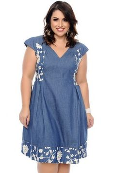 Denim Fashion, Curvy Fashion, Plus Size Fashion, Plus Size Jeans, African Fashion Dresses, African Attire, Denim Maxi Dress, Casual Dresses, Short Dresses