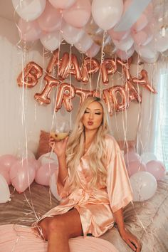 30th Birthday Outfit, Happy 27th Birthday, Birthday Goals, Birthday Woman, Cute Birthday Pictures, Birthday Images, 30th Birthday Ideas For Women, Birthday Room Decorations, Happy Birthday Wallpaper