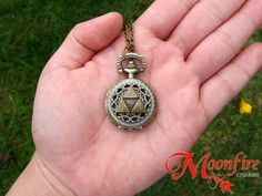 THE LEGEND OF ZELDA Triforce Mini Filigree Pocket Watch Necklace