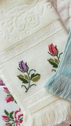Small Cross Stitch, Cross Stitch Heart, Cross Stitch Borders, Cross Stitch Flowers, Cross Stitch Designs, Cross Stitch Patterns, Cross Stitches, Hardanger Embroidery, Ribbon Embroidery