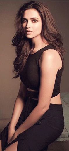 Deepika Padukone in stunning black                                                                                                                                                                                 More